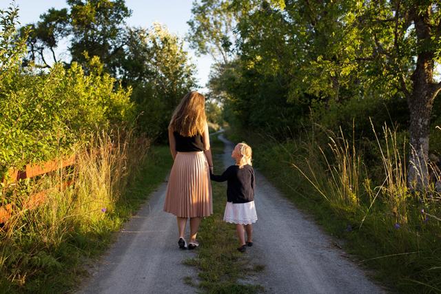 子連れ再婚恋人の子供関係急かさない築き方