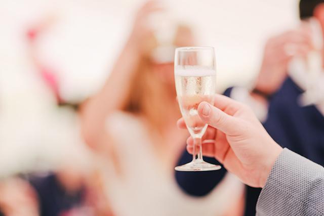 結婚式ウエディングハプニング飲みすぎ