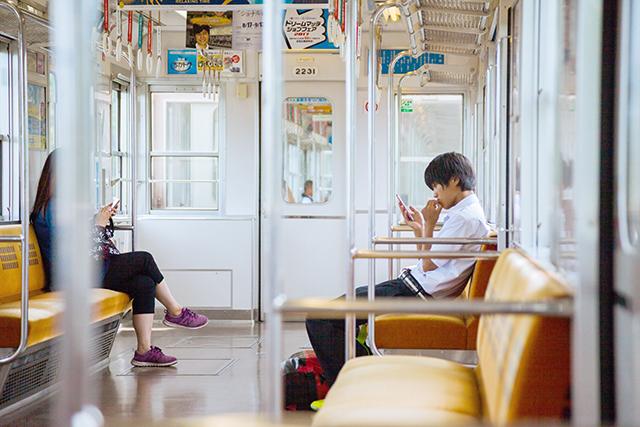 2019年春恋愛出逢いの場所通勤電車バス