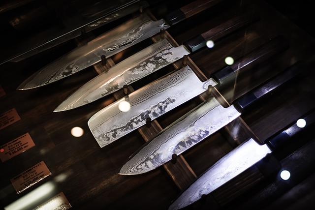 刃物ナイフが出てくる夢の意味心理パターン