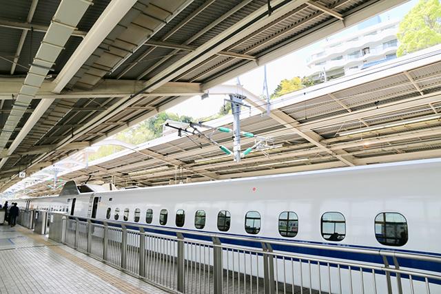 新幹線で熱海