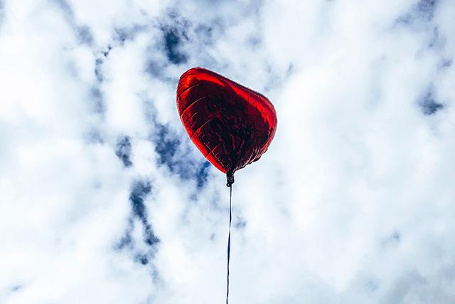 恋愛成就をつかむ4つの具体的な方法心理学テクニック