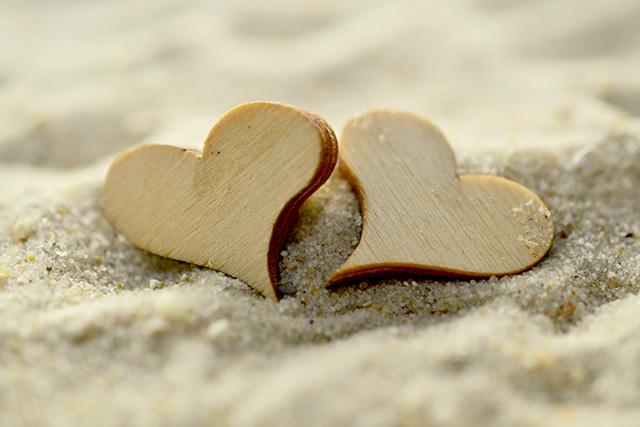 不倫経験者が語る不倫はするけど離婚はしない心理責任のない恋愛
