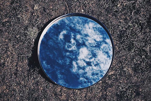 無料夢占い鏡が出てくる夢が持つ意味具体例