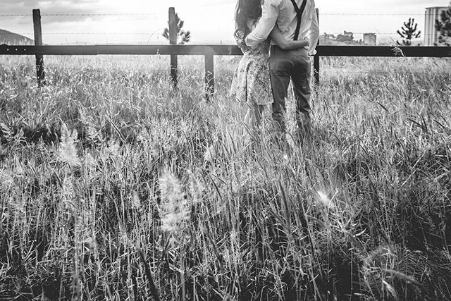 無料夢占い知らない場所で知らない人とキスする夢の意味