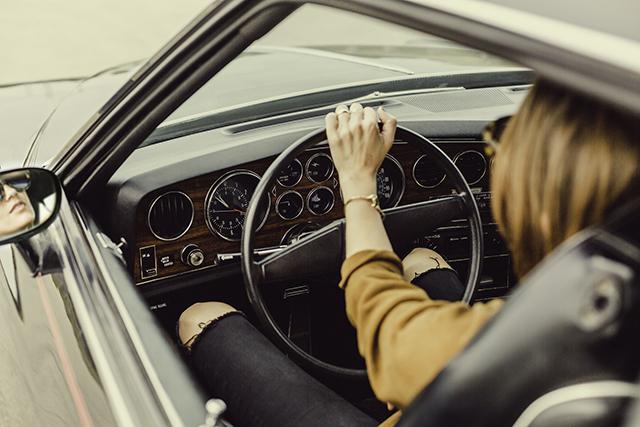 自分が運転している夢の意味