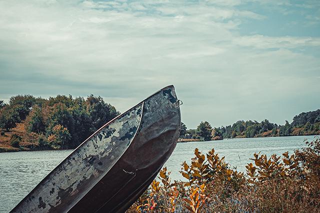 古かったり壊れかけたりしている船で川を渡る夢の意味メッセージ深層心理