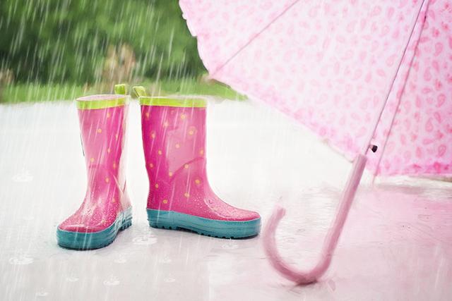 無料夢占い雨の夢の意味幸運不運雨の降り方や状況で暗示メッセージが変化