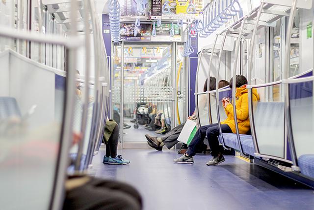 誰かと一緒に電車に乗っている夢の意味メッセージ暗示深層心理