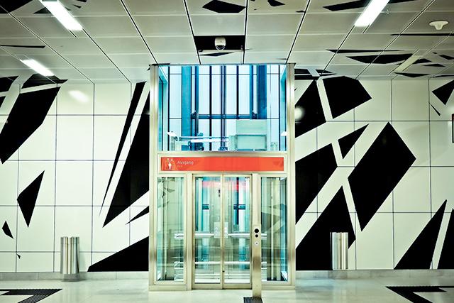 無料夢占いエレベーターの夢の意味 乗る上がる下がる夢からのメッセージ深層心理
