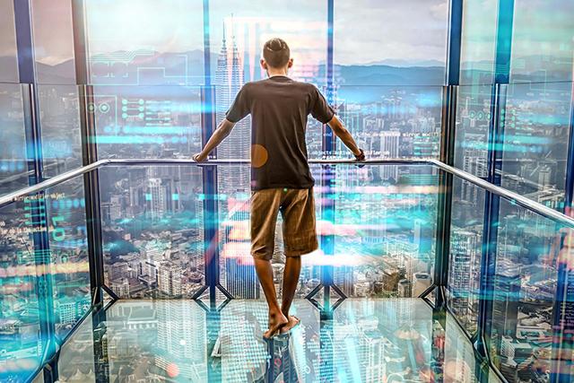ガラスのエレベーターに乗る夢の意味メッセージ深層心理