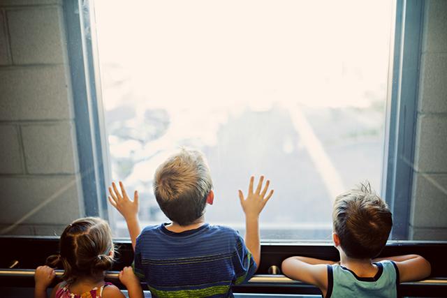 ゆっくりとした速度で動くエレベーターに乗る夢の意味メッセージ深層心理