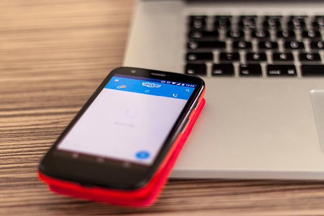 電話やメールを突然してみると本命かキープ要員か分かりやすい