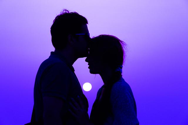 アイドルとキスをする夢の意味メッセージ