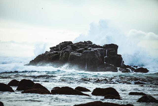 荒波の海の夢の意味メッセージ