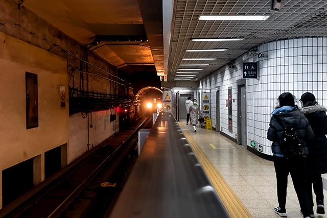 自分と恋人が駅のホームに立つ夢の意味