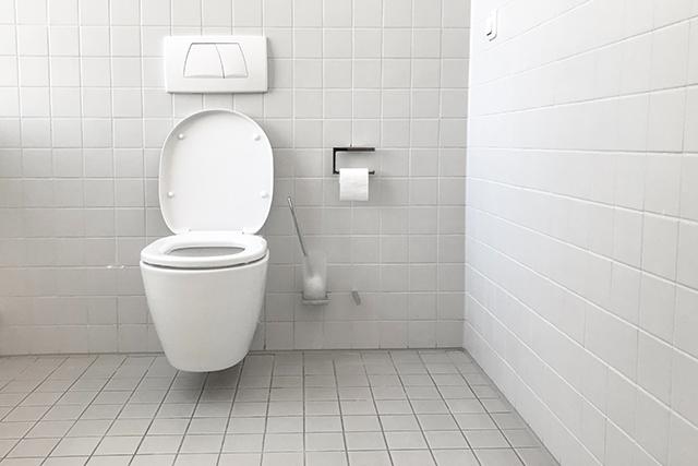 トイレが雨漏りしている夢の意味