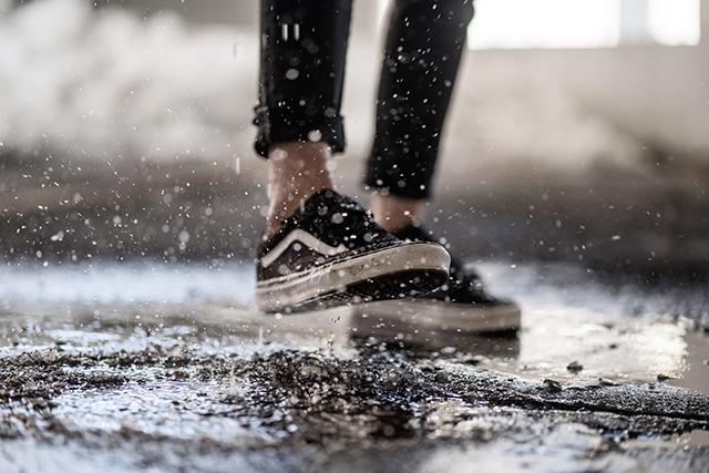 靴が汚れる夢の意味