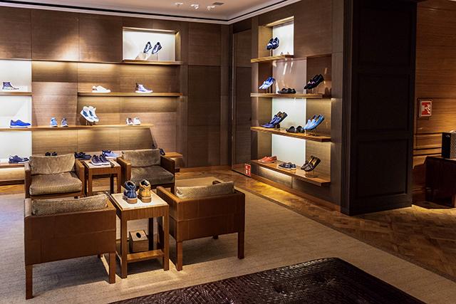 靴を買う夢の意味