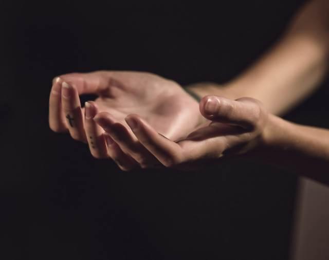 爪が割れる夢の意味