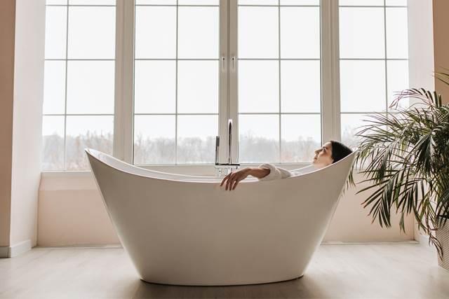 無料夢占いお風呂の夢の意味