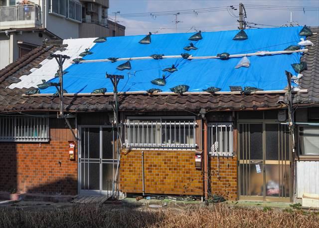台風で家が壊れる夢の意味