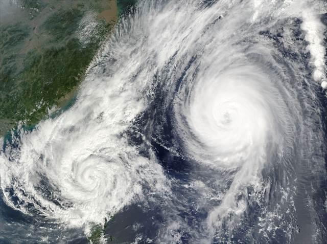 無料夢占い台風の夢の意味心の中に不安感の表れ