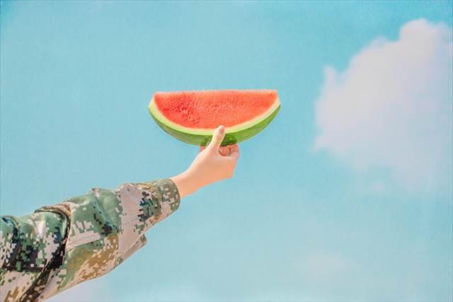 夏の冷たい食べ物を食べる夢の意味