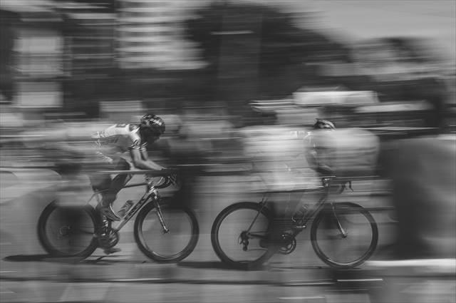 自転車に乗って事故に遭う夢の意味